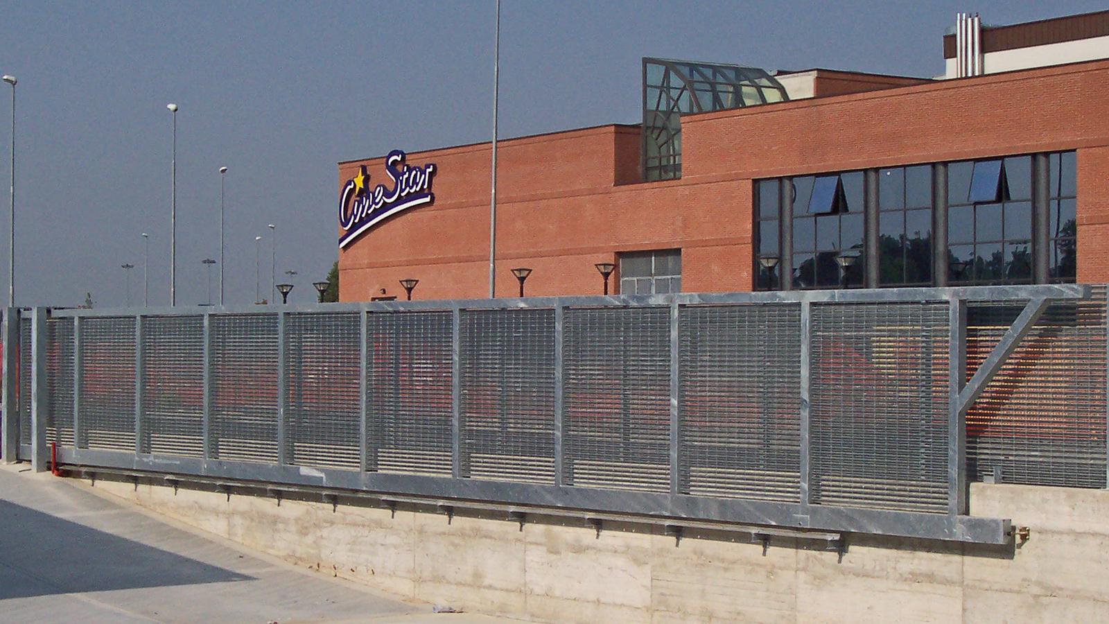 Cancelli e recinzioni - Modello Grandi aperture